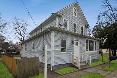 Central Islip Single Family Home For Sale: 27 Pineview Blvd