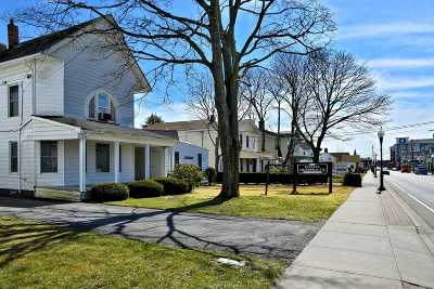 Patchogue Single Family Home For Sale: 153 N Ocean Ave