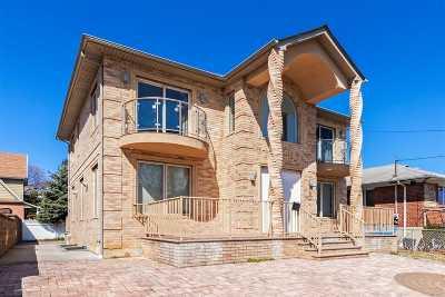Jamaica Estates Single Family Home For Sale: 166-07 81 Ave