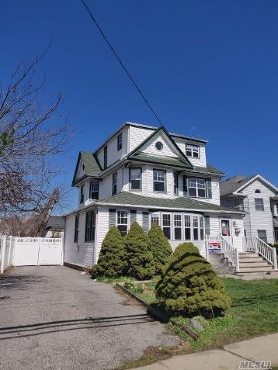Lynbrook Single Family Home For Sale: 79 Union Ave