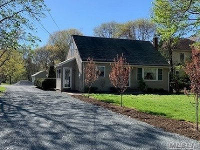 Kings Park Single Family Home For Sale: 426 Meadow Rd