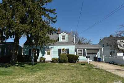 Single Family Home For Sale: 266 Jerome Ave