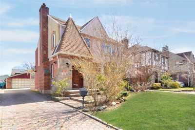 Jamaica Estates Single Family Home For Sale: 80-65 Tryon Pl
