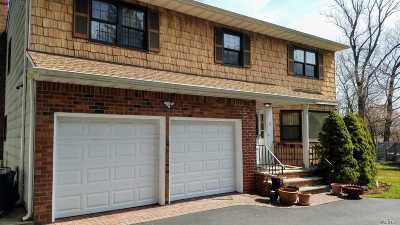 Roslyn Single Family Home For Sale: 7 Vista Ct