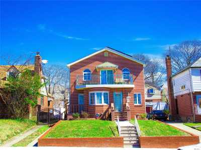 Bayside Single Family Home For Sale: 56-27 212 St