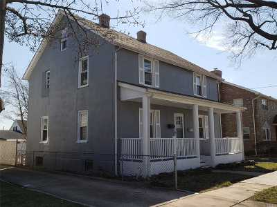 Westbury Multi Family Home For Sale: 52 Lafayette Ave