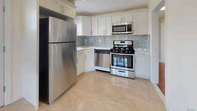 Lynbrook Single Family Home For Sale: 57 Garden Dr
