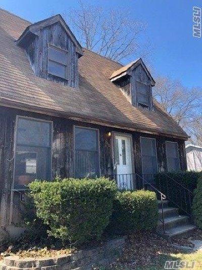 Medford Single Family Home For Sale