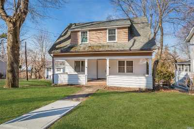 Northport Single Family Home For Sale: 259 Woodbine Ave