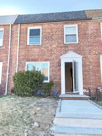 Whitestone NY Single Family Home For Sale: $769,000