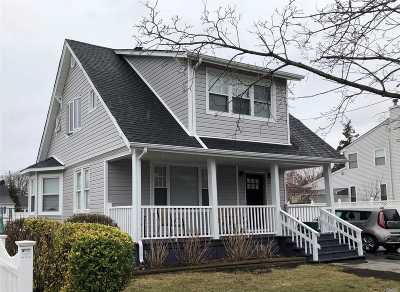 East Meadow Single Family Home For Sale: 214 Maple Ave