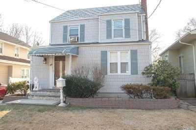 Malverne Single Family Home For Sale: 40 Stuart Ave
