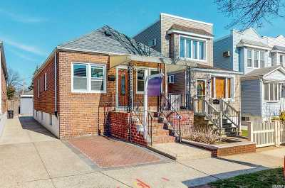 Astoria, Long Island City, Sunnyside, Woodside, Jackson Heights, Middle Village, Maspeth, Glendale, Ridgewood Single Family Home For Sale: 69-11 68th St