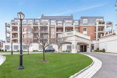 North Hills Condo/Townhouse For Sale: 2000 Royal Ct #2010