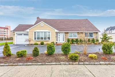 Lido Beach NY Single Family Home For Sale: $949,000
