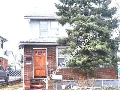 Flushing Single Family Home For Sale: 6112 134 St