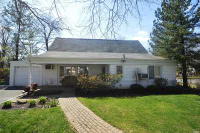 Great Neck Single Family Home For Sale: 14 Hartley Rd