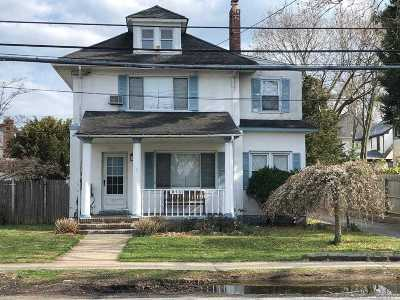 Woodmere Single Family Home For Sale: 913 W Broadway