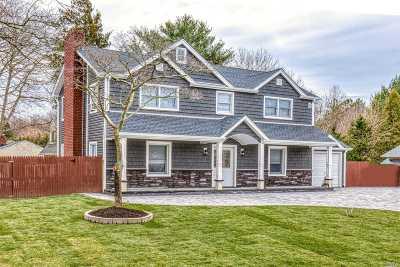 Medford Single Family Home For Sale: 22 Wrana Ln