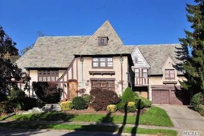 Jamaica Estates Single Family Home For Sale: 177-05 Croydon Rd