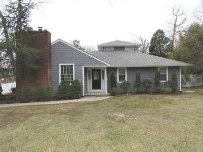 Smithtown Single Family Home For Sale: 16 Stengel Pl