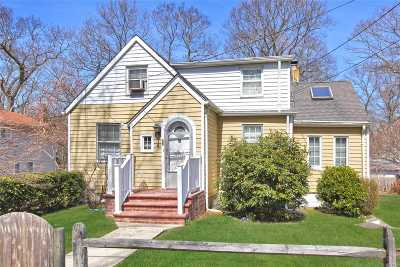 Sound Beach Single Family Home For Sale: 23 Belmont Rd