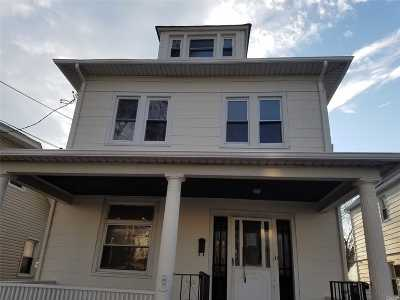 Queens Village Single Family Home For Sale: 106-04 215 St