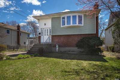 N. Bellmore Single Family Home For Sale: 2334 Fowler St