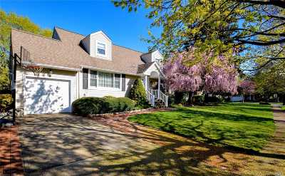 Syosset Single Family Home For Sale: 35 North St