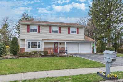 Greenlawn Single Family Home For Sale: 3 Griggs Dr