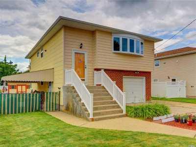 N. Bellmore Single Family Home For Sale: 693 Sherman Ave