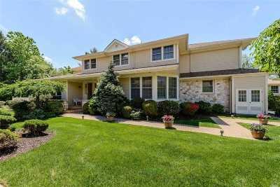Roslyn Single Family Home For Sale: 135 Firestone Cir