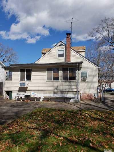Centereach Single Family Home For Sale: 128 Smithtown Polk Blvd