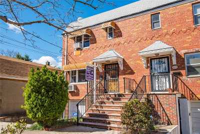 Maspeth Single Family Home For Sale: 52-74 71st St