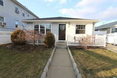 Long Beach NY Single Family Home For Sale: $539,000