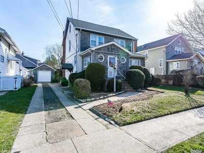 Lynbrook Single Family Home For Sale: 25 Lenox Ave