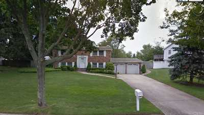 Stony Brook Single Family Home For Sale: 19 University Heigh Dr