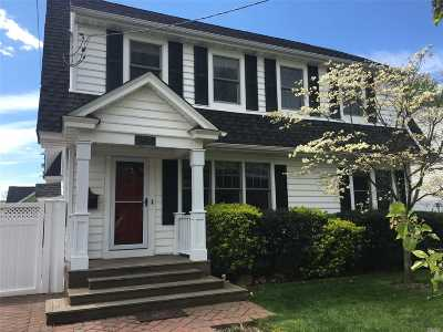 Wantagh Single Family Home For Sale: 3392 Lufberry Ave