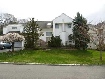Roslyn Single Family Home For Sale: 34 Davis Ln