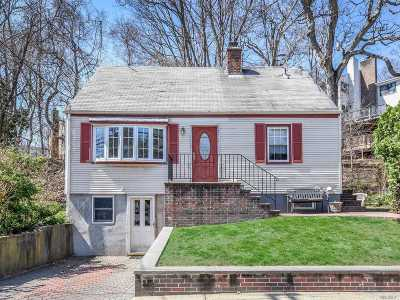 Port Washington Single Family Home For Sale: 74 Avenue C