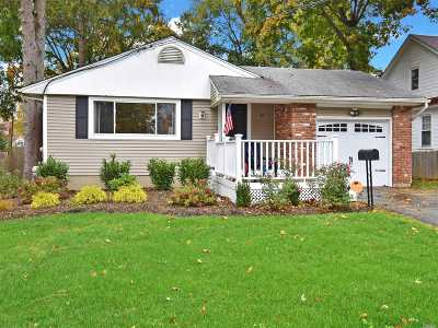 Greenlawn Single Family Home For Sale