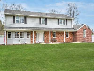 E. Northport Single Family Home For Sale: 22 Wood Sorrell Ln