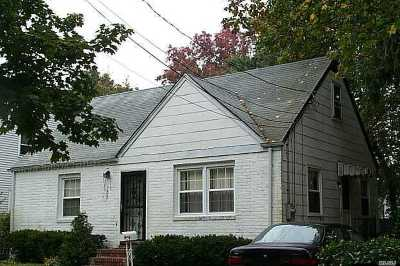 Uniondale Single Family Home For Sale: 753 Nostrand Ave