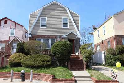 Far Rockaway Single Family Home For Sale: 2494 Collier Ave
