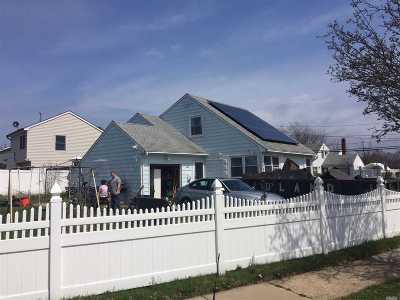 Massapequa Single Family Home For Sale: 15 Amber Dr