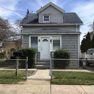 Uniondale Single Family Home For Sale: 1023 Harding St