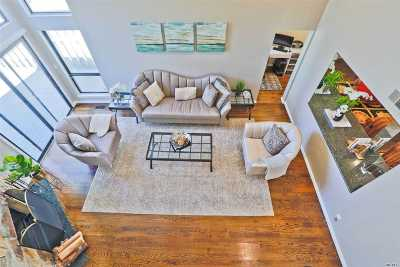 Jericho Condo/Townhouse For Sale: 155 High Pond Dr.