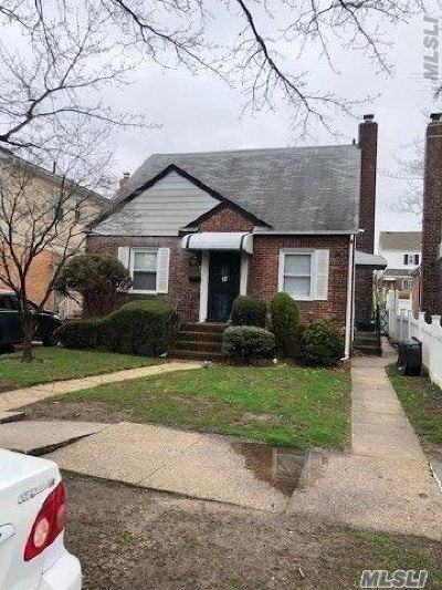 Flushing Single Family Home For Sale: 46-08 195th St
