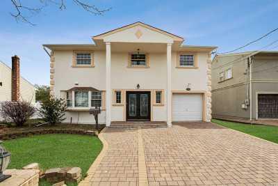 Baldwin Single Family Home For Sale: 964 Marcel Rd