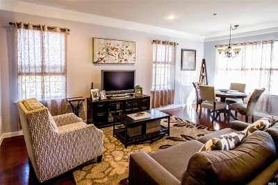 Oceanside Condo/Townhouse For Sale: 1 Wexford Ln